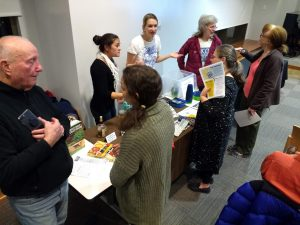 Oak Park residents discuss food waste issues at event booths